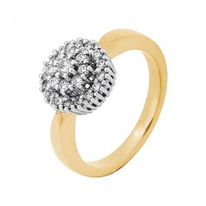 Gouden ring met grote diamant